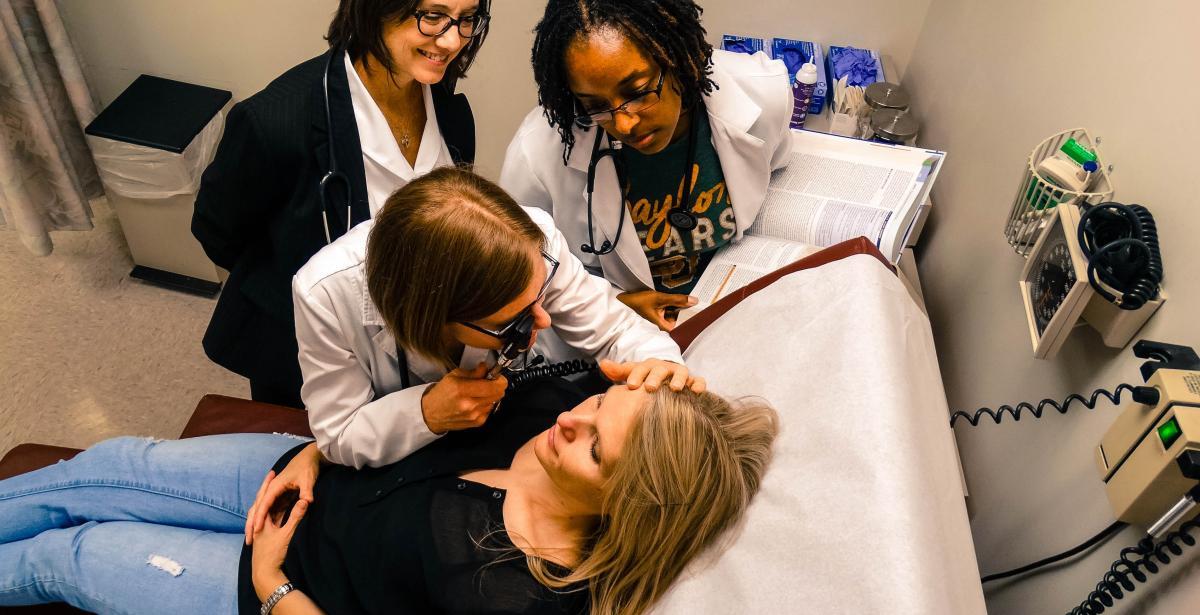 Why Nurse Practitioners Should Pursue a DNP Blog Header